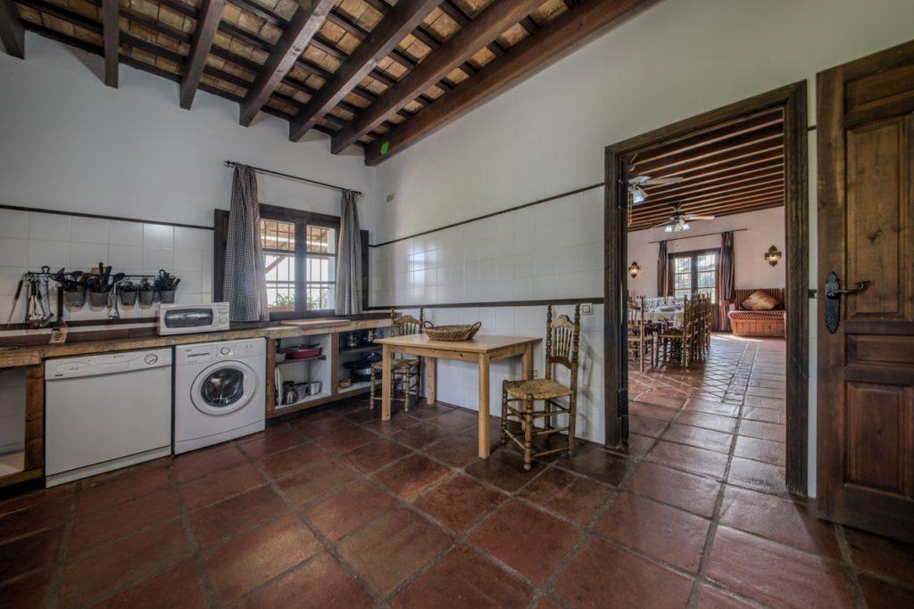 Cocina completamente equipada. Casas Rurales en Cádiz. Arcos de la Frontera