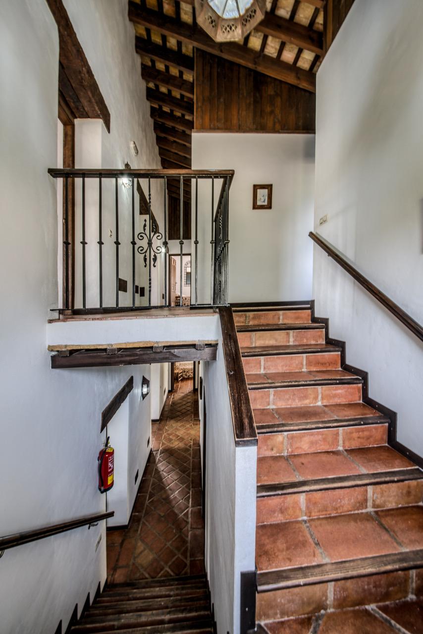 Escaleras de la casa. Casas Rurales en Cádiz. Arcos de la Frontera