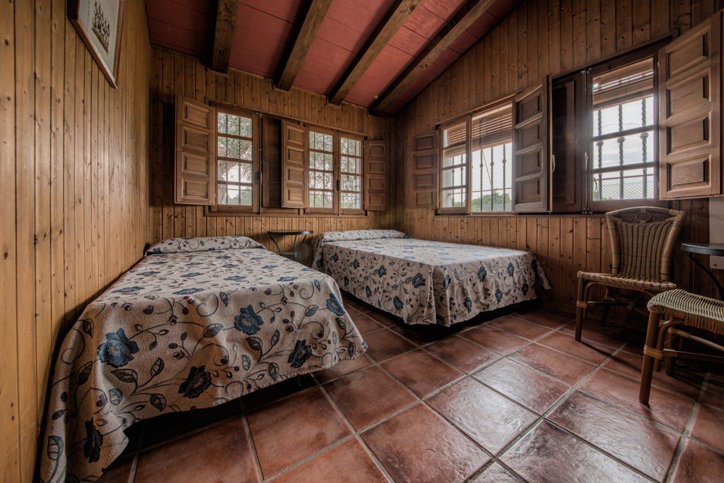 Habitación, dos camas. Casa Rural en Arcos. Huerta del Prado