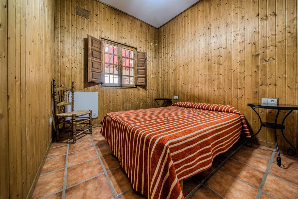 Habitación, cama 135. Casa Rural en Arcos. Huerta del Prado