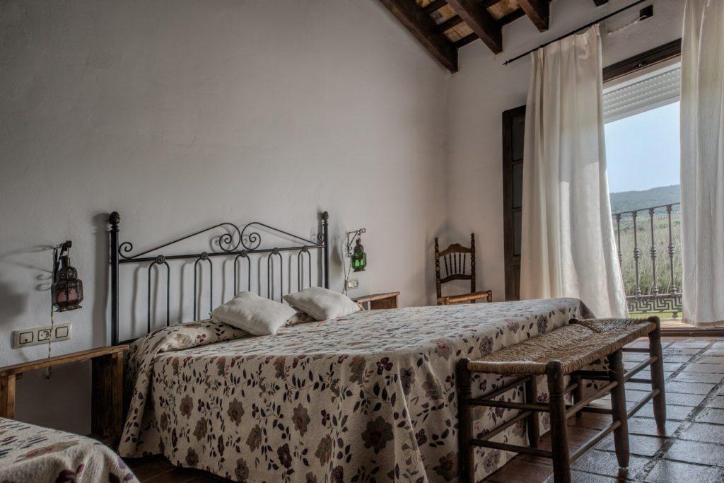 Dormitorio triple. Casas Rurales en Cádiz. Arcos de la Frontera